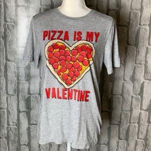 3/$25 🌟🌟🌟 Pizza is my valentine tee